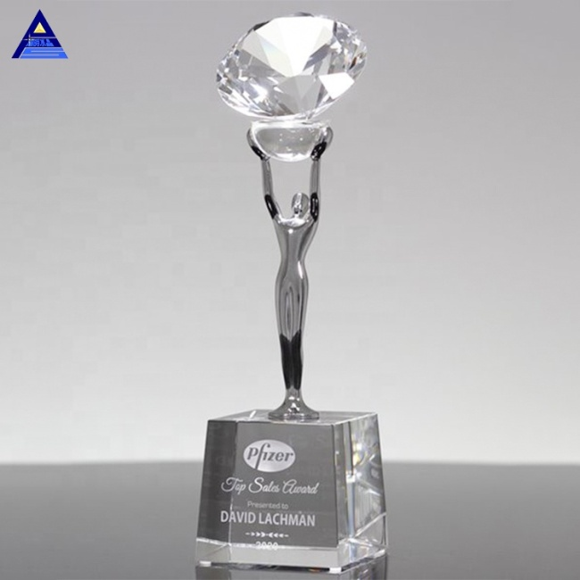 Top Cheap Price Attainment Diamond Crystal Award Tophy For Vip Souvenir Gifts