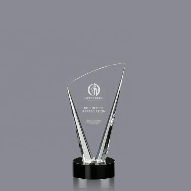 2020 Wholesale China Trade Clear Laser Engraving Crystal Plaque Trophy For Decoration