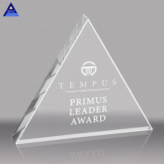 China Goods Wholesale Optical Crystal Triangle Paperweight Award With Custom Logo Etched Inside