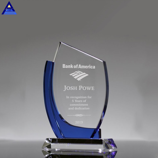 Wholesale Shield Printing Colored Glass Crystal Trophy For Competition Awards Gift
