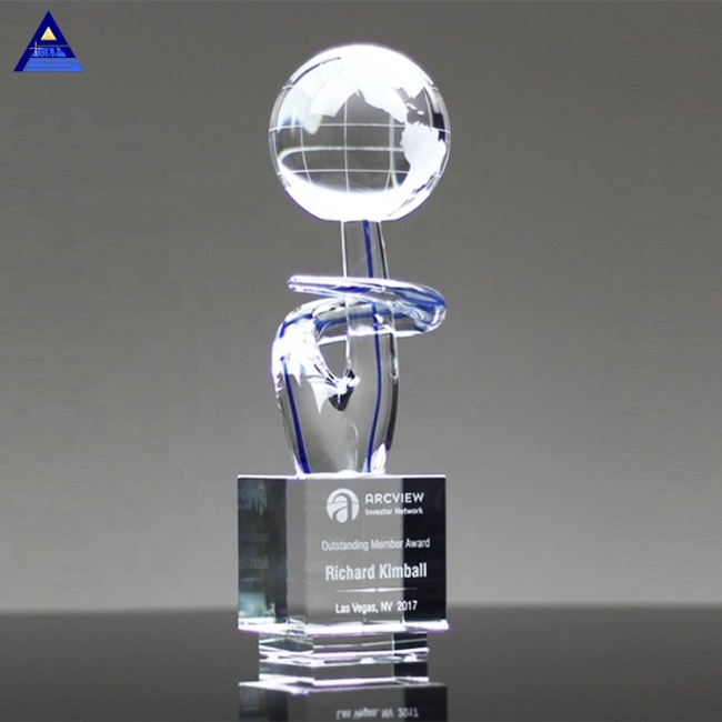 The Voyager Art Glass World Globe Award For Souvenir Gifts