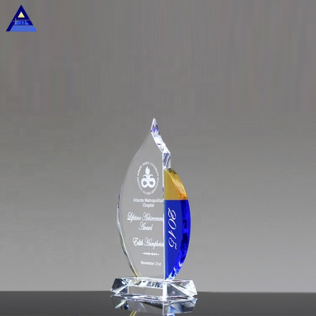 Factory Direct Sale Fuego Award Crystal Trophy For Souvenir