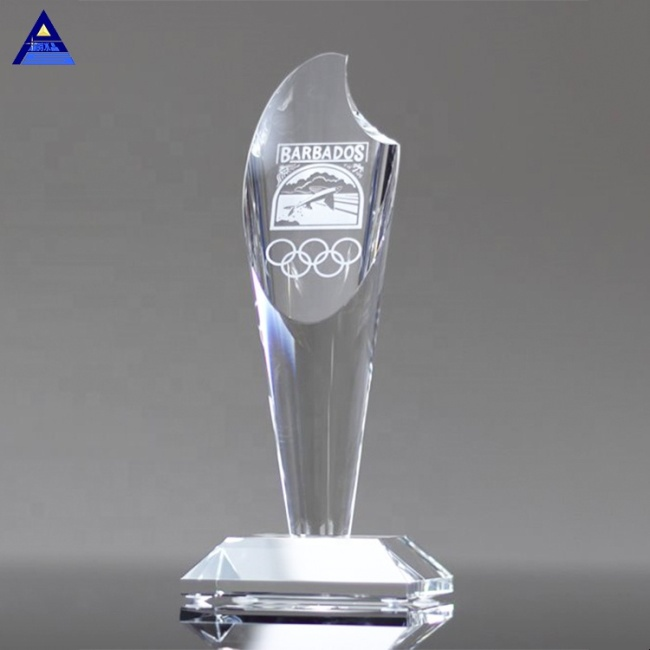 The Most Popular Custom Clear Optical Crystal Torch Award Trophy For Business Cooperation