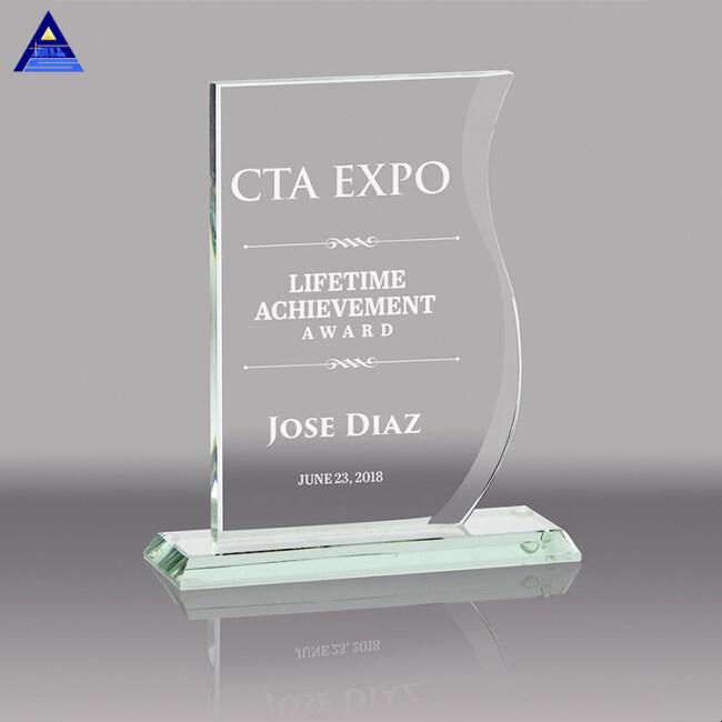 Custom Engraved Irregular Rectangle Shaped Crystal Award Plaque For Business Souvenir