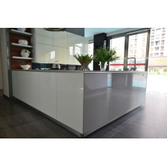 Top quality modern design white high glossy lacquer kitchen cabinet