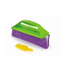 Microfiber duster cloth for cleaning