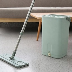 Quick clean microfiber lazy self-squeeze magic flat mop with plastic squeeze bucket